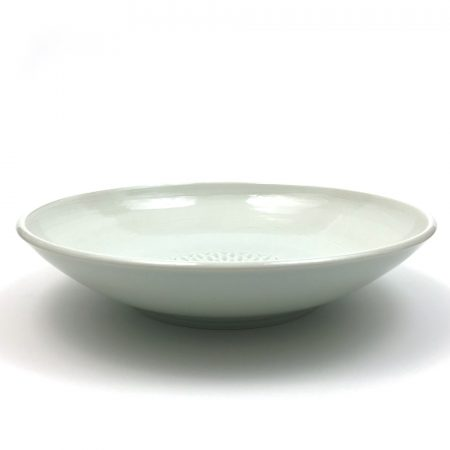 Platters and Large Shallow Bowls